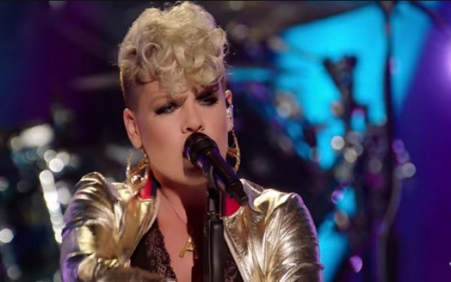 Musica: Pink! presenta Whatever You Want